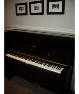 Piano d'occasion YOUNG CHANG U121 noir verni