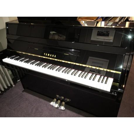 Piano yamaha B1 silent occasion