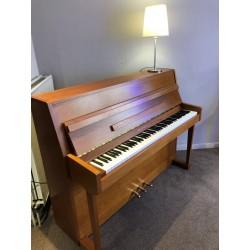 RIPPEN 110 merisier satiné  - Piano d'occasion